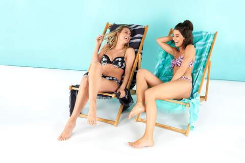 hema, chairs, beach, women, fun, campaign, content, creation, photograpgy